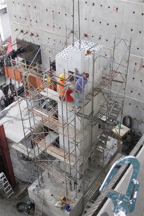圖五、積木式模組化節塊預鑄橋墩組裝。